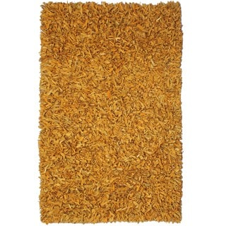 Hand-tied Pelle Gold Leather Shag Rug (2'6 x 4'2)