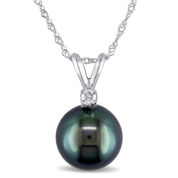 Miadora 14k Gold Cultured Tahitian Pearl and Diamond Accent Necklace (8-9 mm)