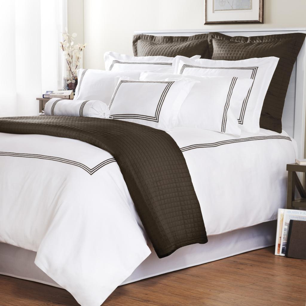 Chocolate Stripe Baratto Stitch Queen-size 3-piece Duvet Cover Set