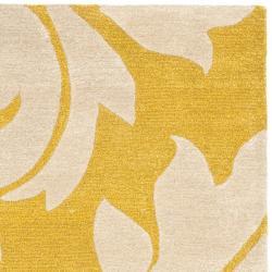 Safavieh Handmade Soho Gold/ Ivory New Zealand Wool Rug (3'6 x 5'6') - Thumbnail 1