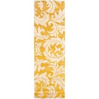 Safavieh Handmade Soho Gabina N.Z. Wool Rug (26 x 8 Runner - Gold/Ivory)