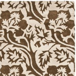 "Safavieh Handmade Soho Brown/ Ivory Floral-Print New Zealand Wool Rug (3'6"" x 5'6"") - Thumbnail 1"