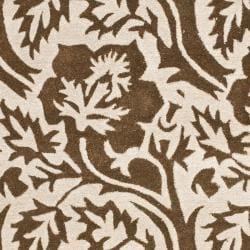 "Safavieh Handmade Soho Brown/ Ivory Floral-Print New Zealand Wool Rug (3'6"" x 5'6"") - Thumbnail 2"