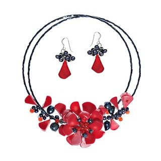 Handmade Memory Wire Red Coral and Pearl Floral Bouquet Jewelry Set (Thailand)
