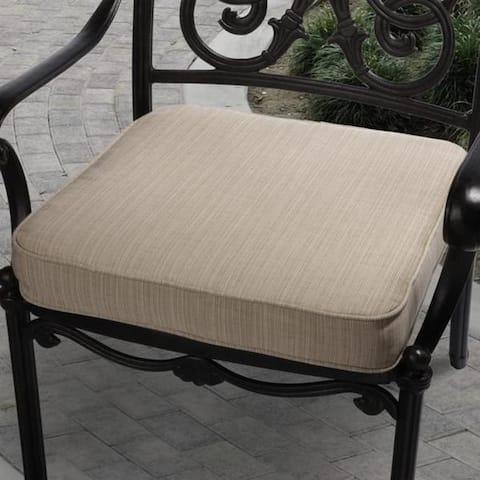 Clara 19-inch Indoor/ Outdoor Textured Beige Cushion Made with Sunbrella