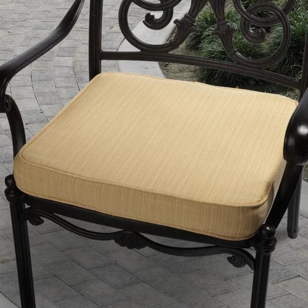 Clara 19-inch Indoor/ Outdoor Textured Yellow Cushion Made with Sunbrella