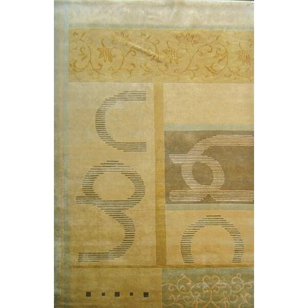 Hand-knotted 'Utopia' Himalayan Sheep Wool and Silk Rug (6' x 9')