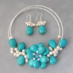 Reconstructed Turquoise/ Pearl Floral Jewelry Set (4-10 mm) (Thailand)