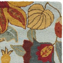 Safavieh Handmade Blossom Floral Light Blue Wool Rug (8' x 10')