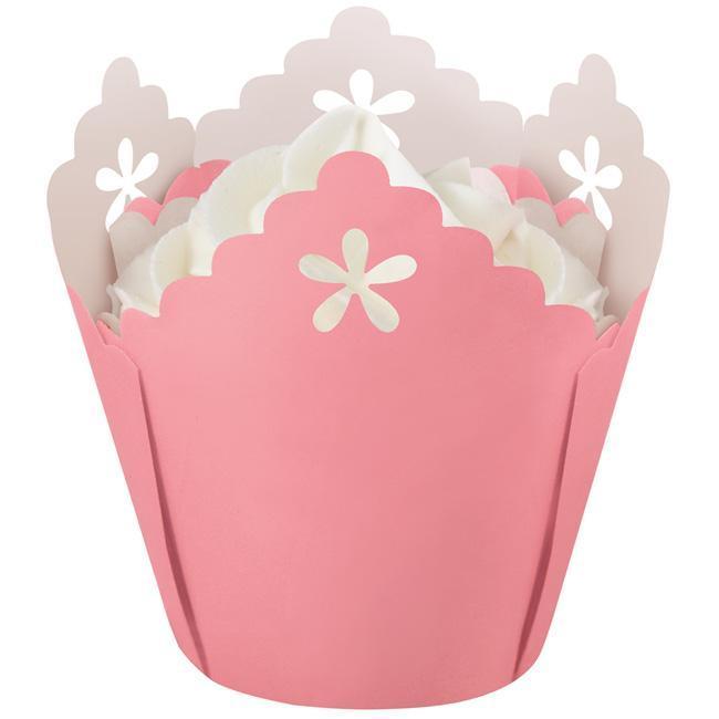 Wilton 'Eyelet Edge Pink' Baking Cups (Pack of 15)