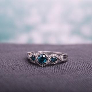 miadora 12ct blue and white diamond tw 3 stone ring 14k white gold rhodium