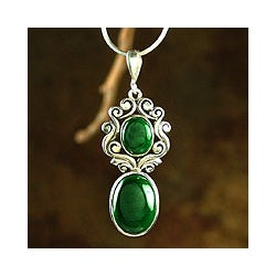 Queen of the Forest Romantic Antique Look Green Malachite 925 Sterling Silver Snake Chain Womens Pendant Necklace (India)
