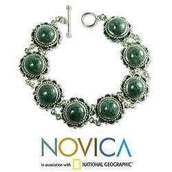 Antigua Sun Green Jade Vintage Look Romantic Style Toggle Closure Oxidized 925 Sterling Silver Womens Bracelet (Guatemala)
