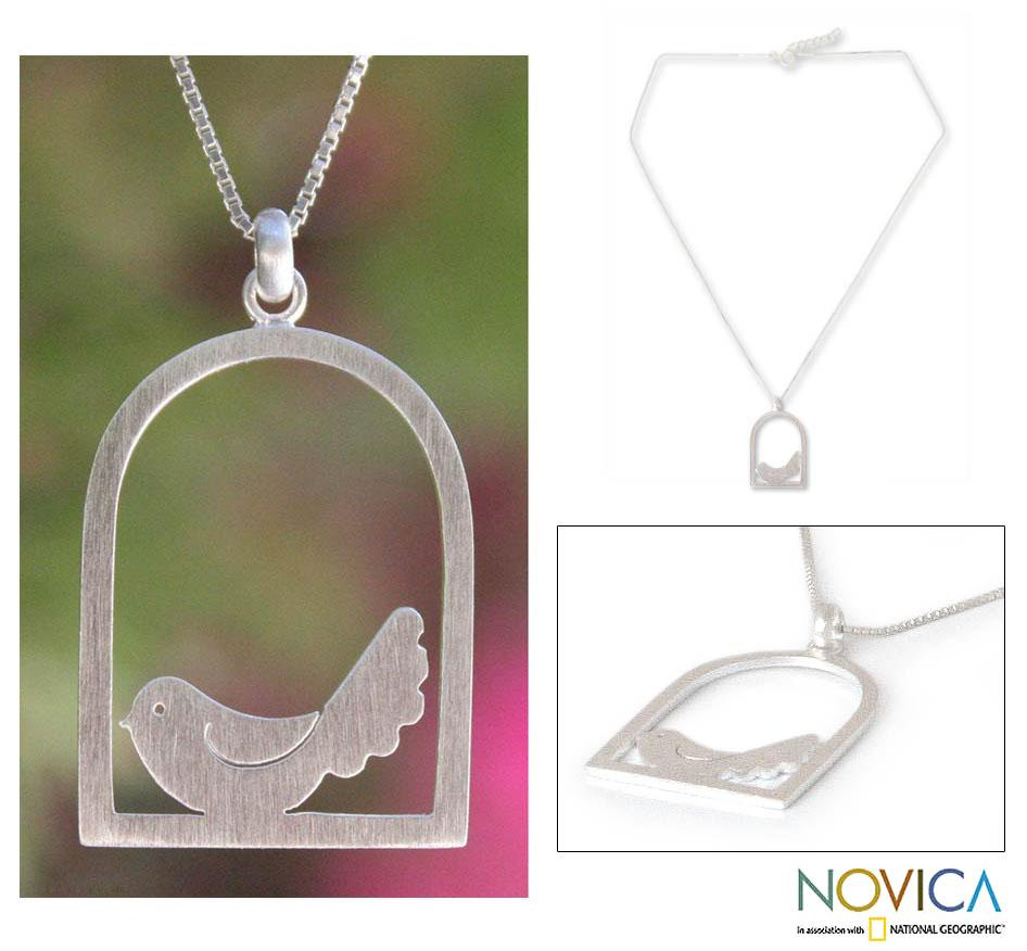 Sterling Silver 'Happy Bird' Necklace (Thailand)