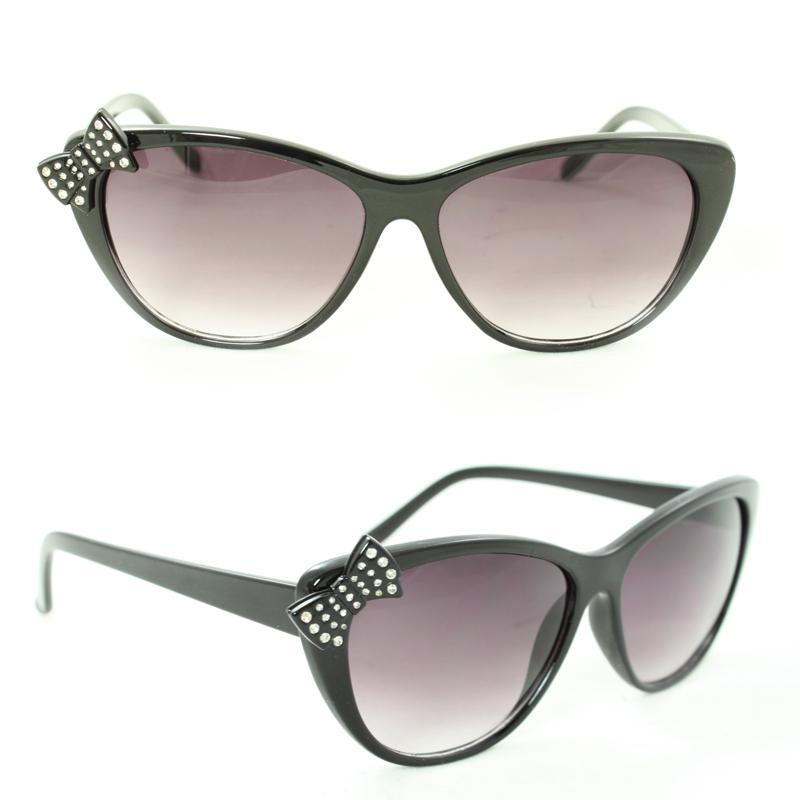 Women's 7070 Black Plastic Cateye Sunglasses