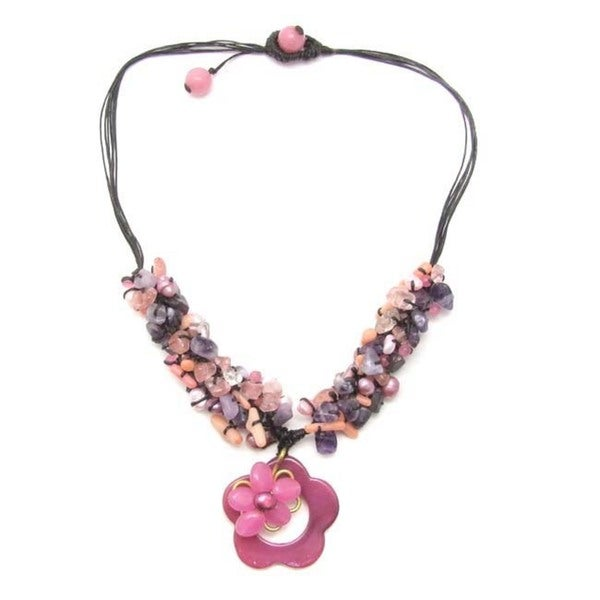 Handmade Cotton Cute Flower/ Cluster Gemstone/ Pearl Necklace (6-8 mm) (Thailand)