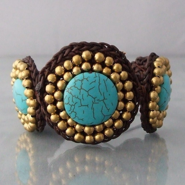 Handmade Cotton and Brass Reconstructed Turquoise Round Link Bracelet (Thailand)