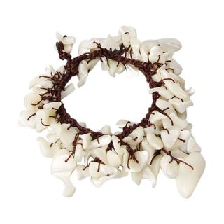 Handmade Cotton Rope Pretty Mother of Pearl Dangle Bracelet (Thailand)