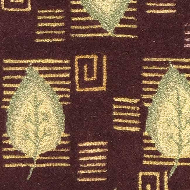 Safavieh Handmade Foliage Violet Wool Rug (3'9 x 5'9) - Thumbnail 2