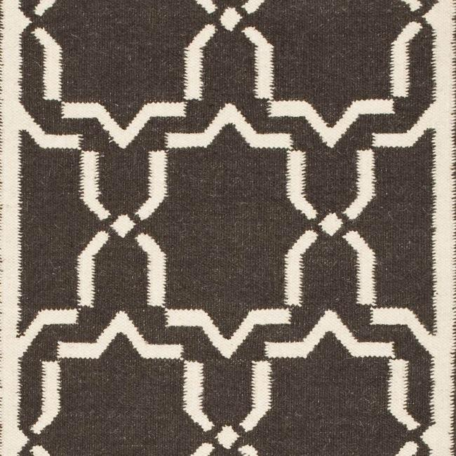 Safavieh Hand-woven Moroccan Reversible Dhurrie Chocolate/ Ivory Wool Runner (2'6 x 12')
