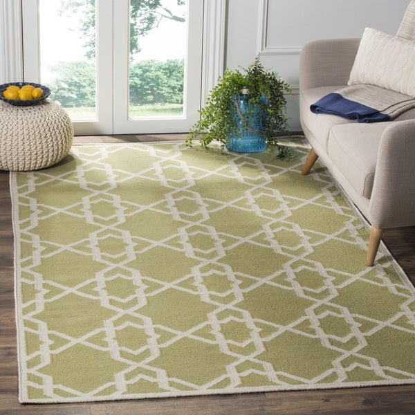 Safavieh Handwoven Moroccan Reversible Dhurrie Green/ Ivory Transitional Wool Rug (6' x 9')