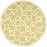 Safavieh Hand-woven Moroccan Reversible Dhurrie Green/ Ivory Wool Rug - 8' x 8' Round