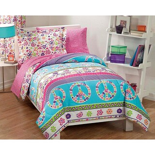 Dream Factory Peace and Love Printed Full Size 7-piece Bed in a Bag with Sheet Set