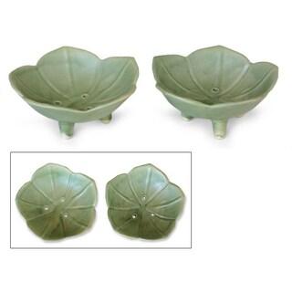 Handmade Set of 2 Ceramic 'Lotus Pond' Soap Dishes (Indonesia)