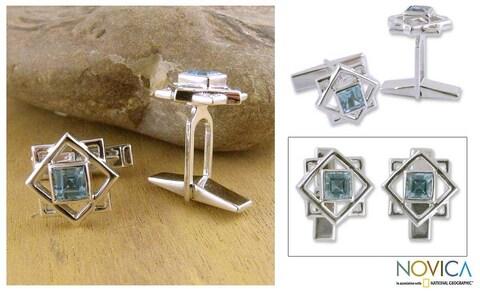 Handmade Starstruck 2 TCW Faceted Rectangular Blue Topaz Gemstones 925 Sterling Silver Mens Toggle Cufflinks (India)