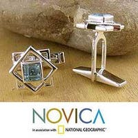 Handmade Starstruck 2 TCW Faceted Rectangular Blue Topaz Gemstones 925 Sterling Silver Mens Toggle Cufflinks (India)