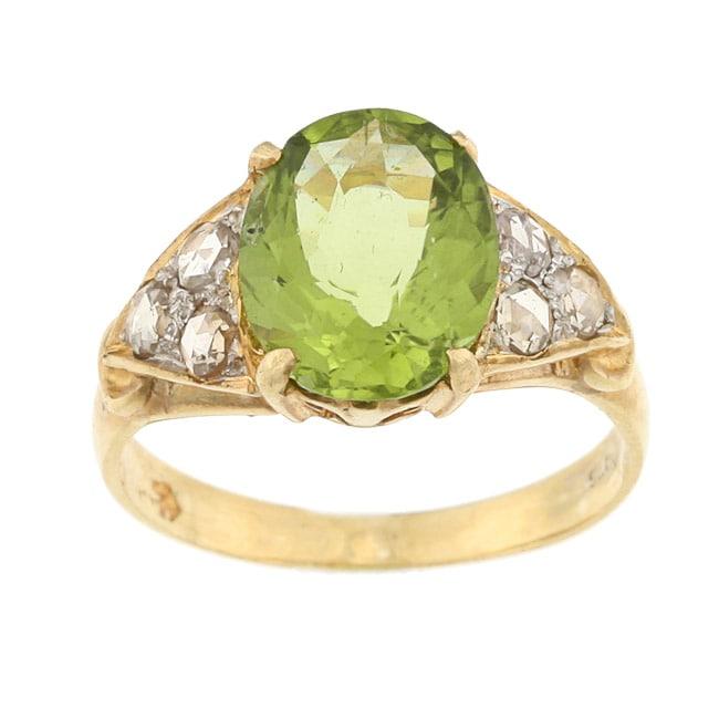Pre-owned Goldtone Peridot and 1/6ct TDW Diamond Estate Ring (K-L, I1-I2)