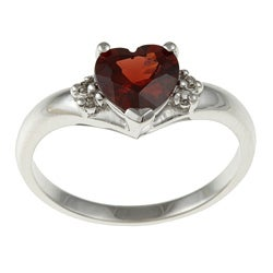 Sofia 14k White Gold Heart-cut Garnet and Diamond Accent Ring (J-K, I1-I2)