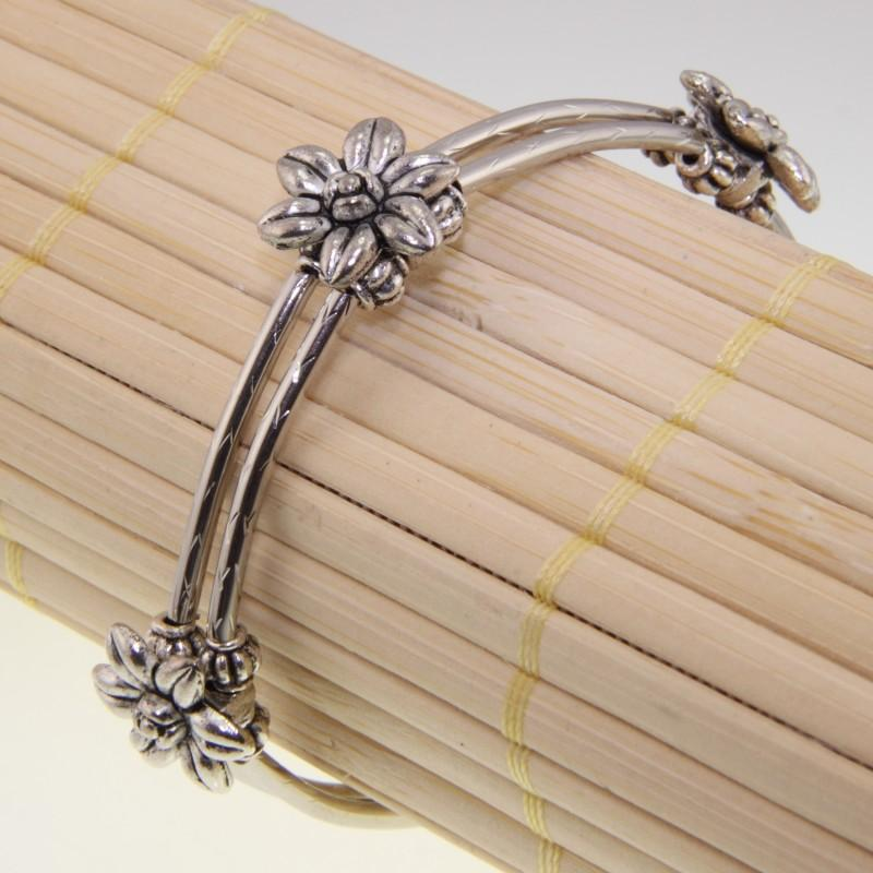 Tibetan Silver Flowers Bracelet (China)