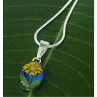 Handmade Sterling Silver Single Mini Sunflower Small Oval Necklace (Mexico)