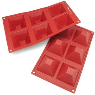 Freshware 6-cavity Pyramid Silicone Mold/ Baking Pans (Pack of 2)