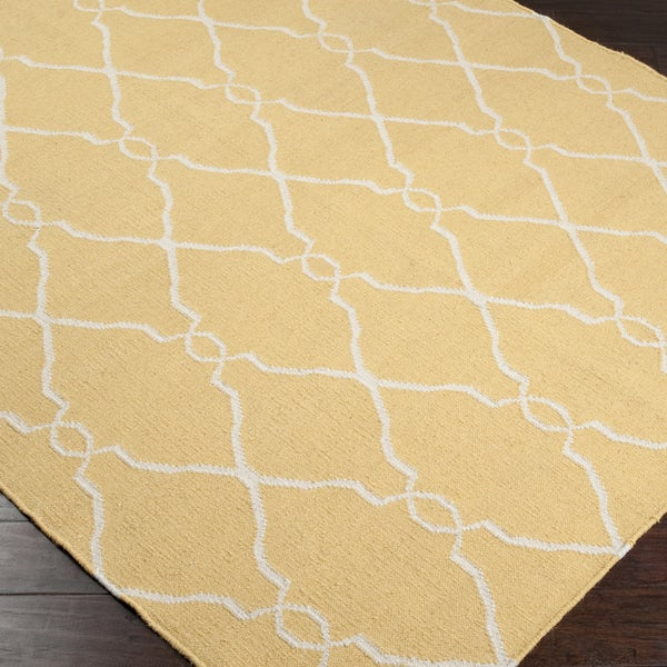 Hand-woven Garfield Sunflower Yellow Flatweave Wool Area Rug (5' x 8') - 5' x 8'