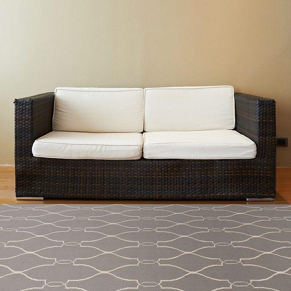 Hand-woven Grey Moroccan Trellis Arthur Flatweave Wool Area Rug (5' x 8')