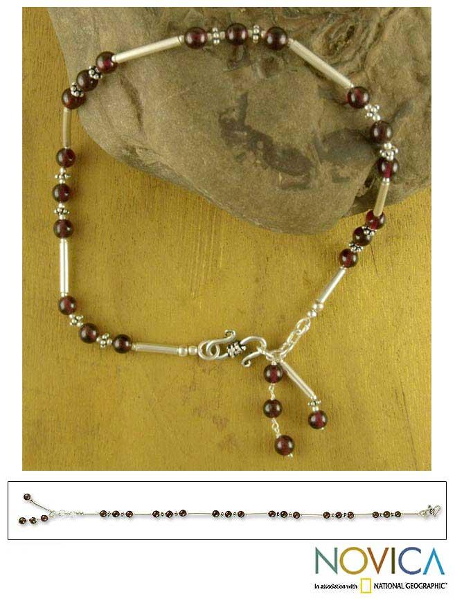 Handmade Sterling Silver 'Coquette' Garnet Anklet (India)