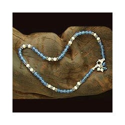Handmade Silver 'View of the Sky' Pearl and Chalcedony Anklet (3 mm) (India)
