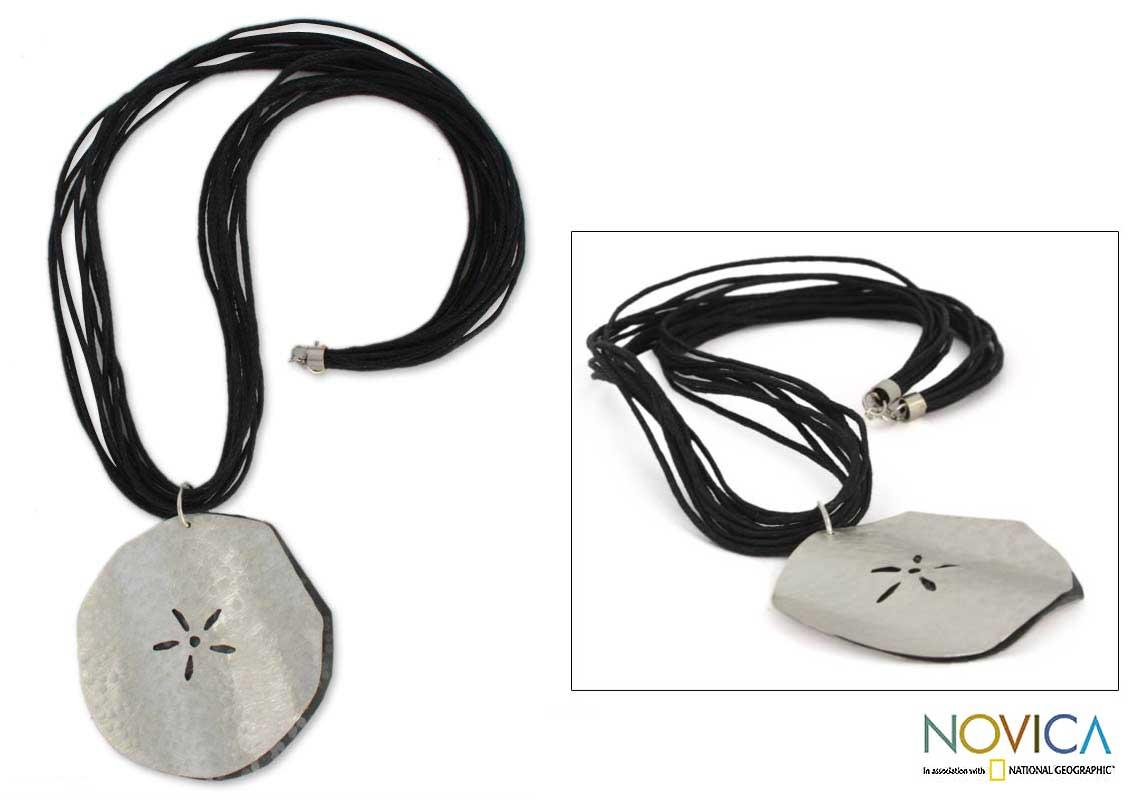 Sterling Silver 'Fossil Flower' Necklace (Mexico)