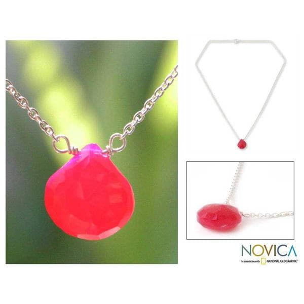 Handmade Sterling Silver 'Mystical Petal' Pink Chalcedony Necklace (Thailand)