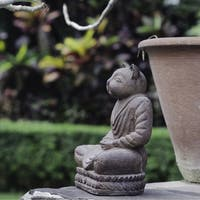 Handmade Volcanic Ash Antique Brown Cat Namaste Statue (Indonesia)