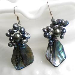 Handmade Sterling Silver Abalone and Black Pearls Earrings (4-6 mm) (Thailand)