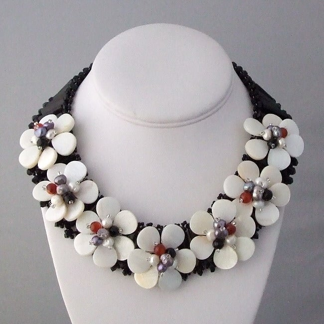 Pearl and Gemstone Seven Flowers Necklace (6-9 mm) (Thailand)
