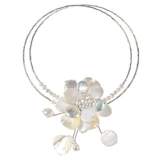 Pearl and Mother of Pearl Floral Necklace (3-12 mm) (Thailand)
