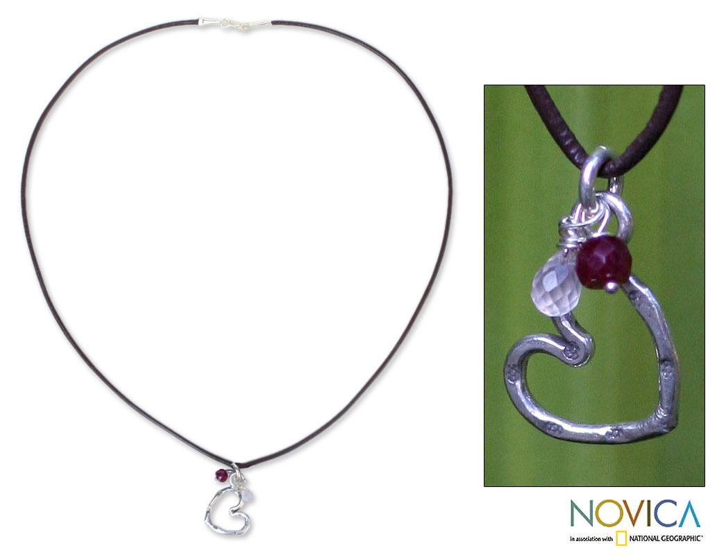Handmade Silver and Leather 'Love Selection' Rose Quartz Necklace (Thailand)
