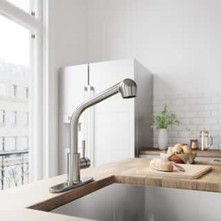 VIGO Avondale Stainless Steel Pull-Out Spray Kitchen Faucet with Deck Plate|https://ak1.ostkcdn.com/images/products/6006496/P13692209.jpg?impolicy=medium