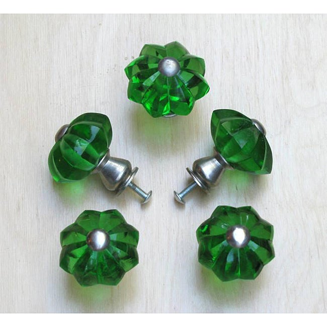 Emerald Green Star Glass and Satin Nickel Knobs (Set of 5)