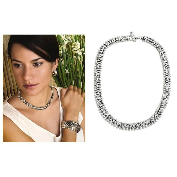 Centipede Like Unique Intricate Design Handmade 925 Sterling Silver with Toggle Closure Fluid Womens Necklace (Indonesia)