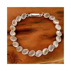 Handmade Sterling Silver 'Cloud Circlet' Moonstone Bracelet (India)